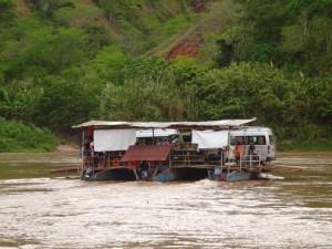 104 0001 Peru - Tarapoto - Sauce - Laguna Azul