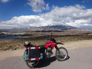 108 0135 Chile - Parque Nacional Lauca - Laguna Cotacotani