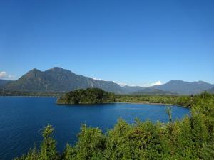144 0117 Chile - Lago Calafquen - Pucura